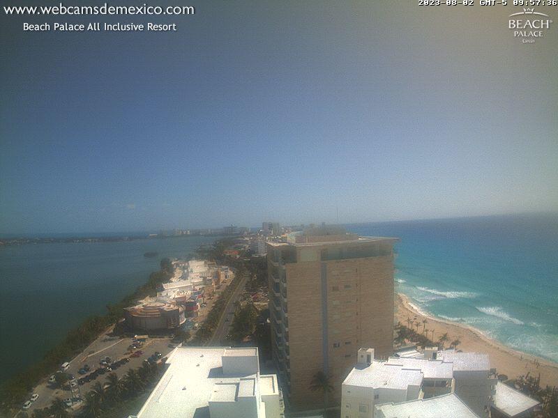 EarthCam - Cancun Beach Cam  Mexico Beach Camera